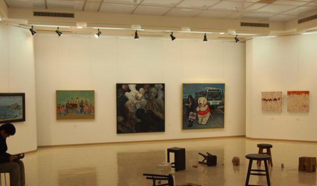 卒業生藤井のぶおさんが、「第18回兵庫二紀新鋭作家2020展」・「十の会展(大作展)」に出品されます。3