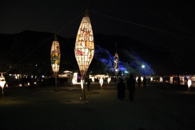 12/8~17「京都・嵐山花灯路2017」に本学学生が参加します。0